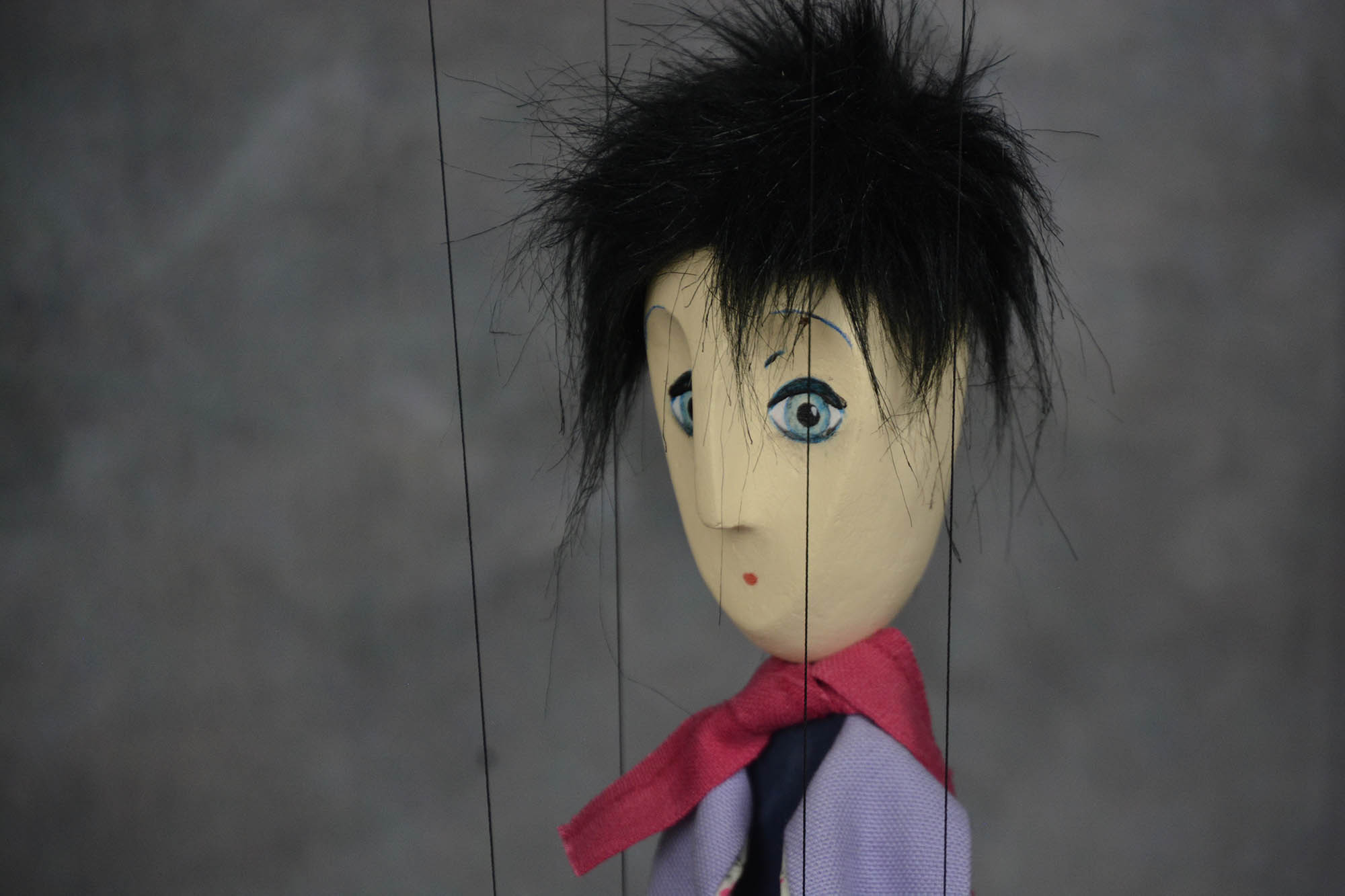 marionnette artisanale garcon brun