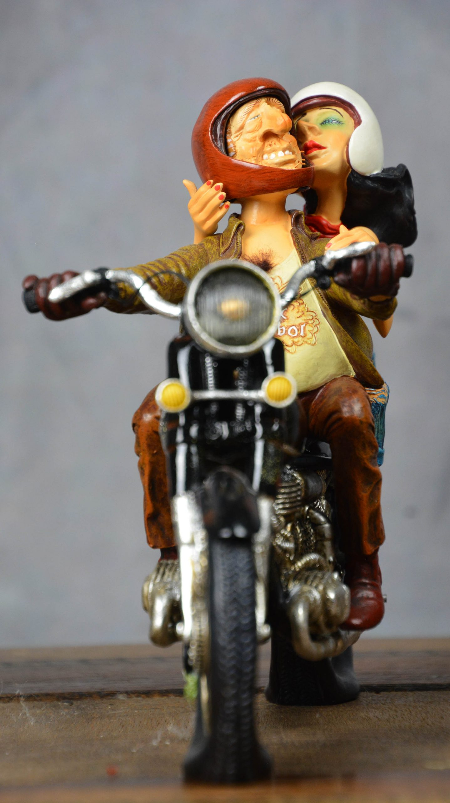 boutique figurine piece artisanale vehicule moto parodie