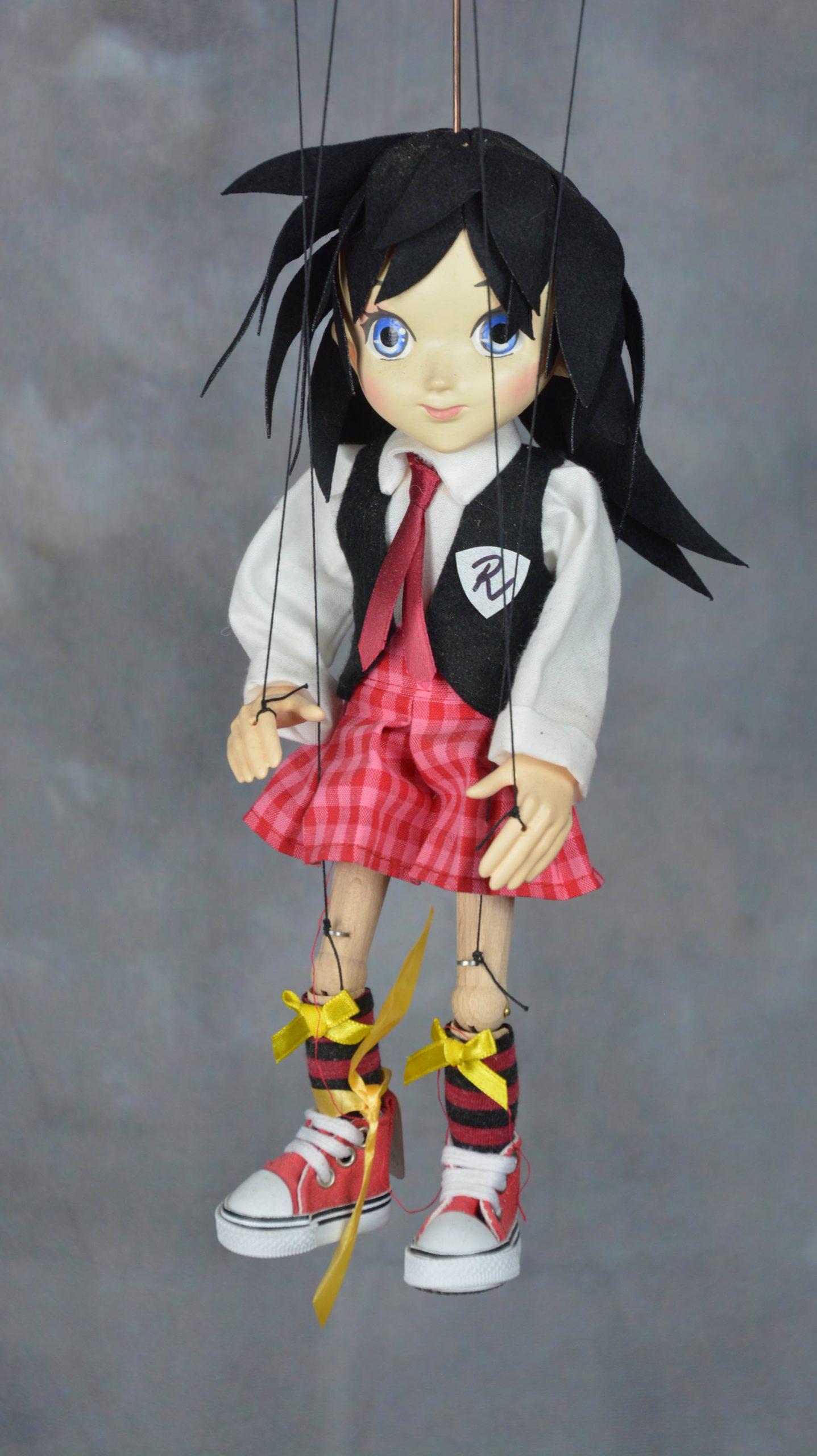 marionnette artisanale fille manga
