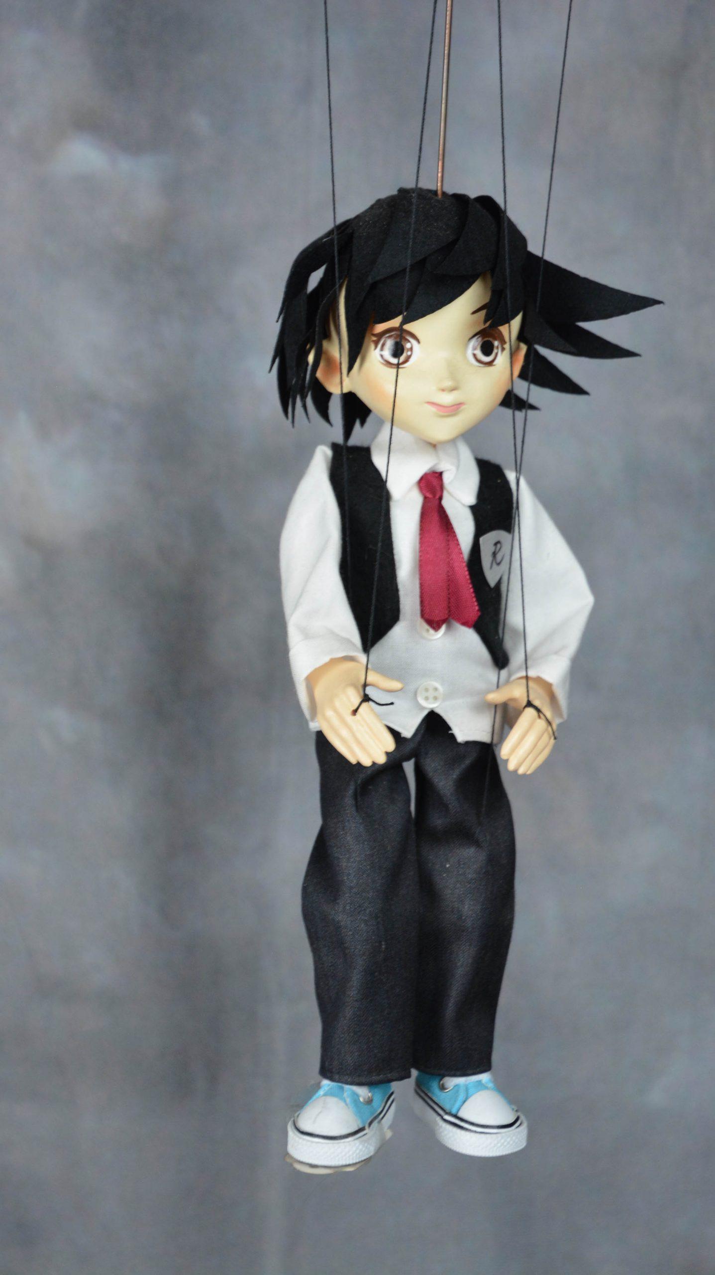 marionnette artisanale garcon manga