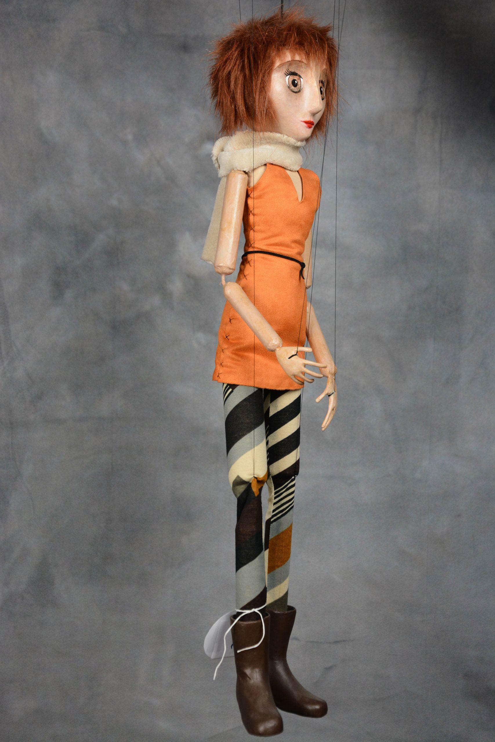 marionnette artisanale fille rousse