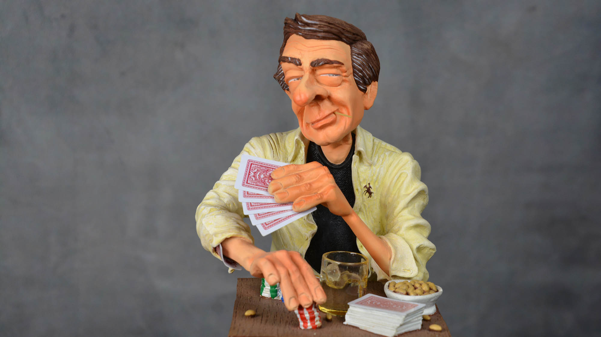 boutique figurine piece artisanale personnage joueur poker parodie
