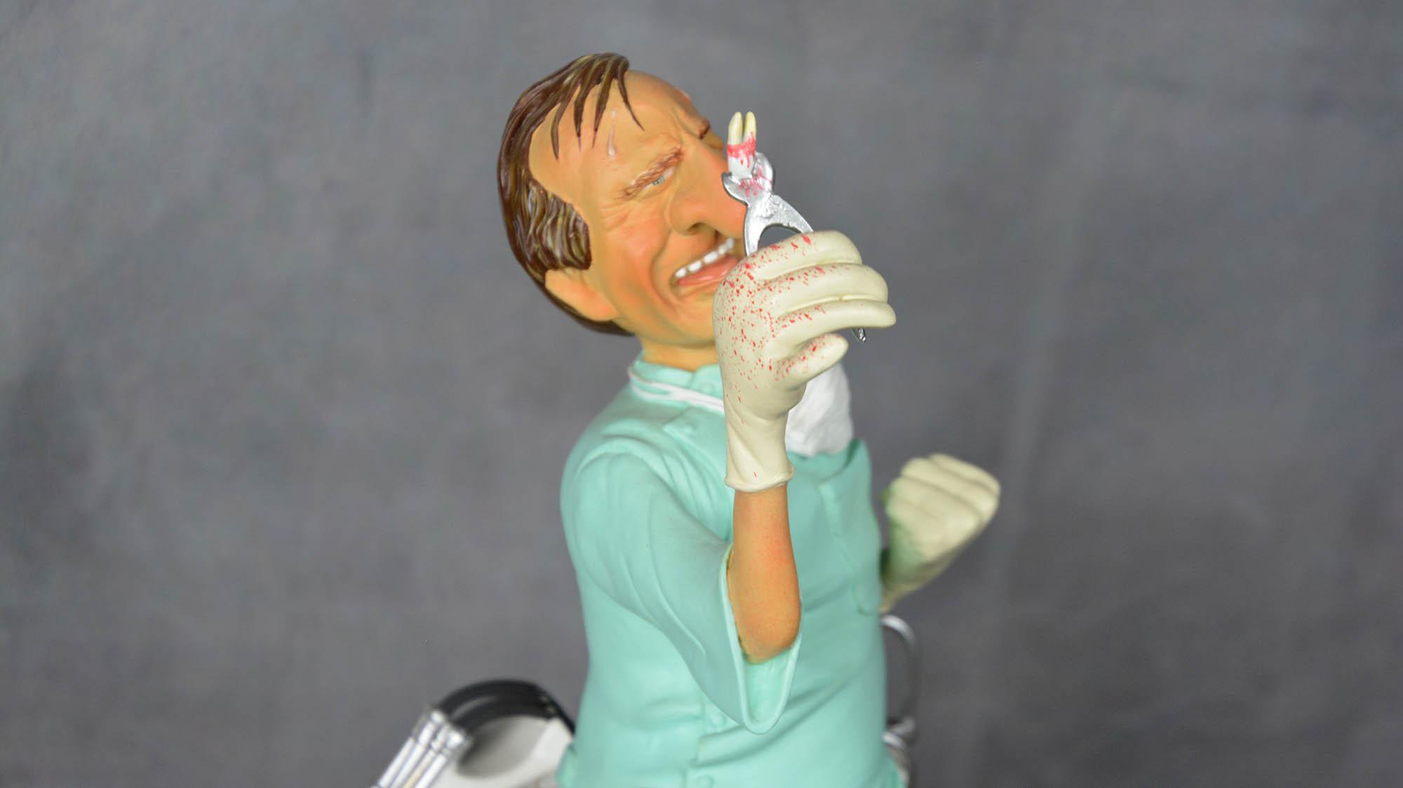 boutique figurine piece artisanale personnage dentiste parodie